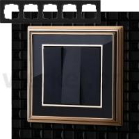 WERKEL Palacio Рамка на 5 постов (золото/черный)